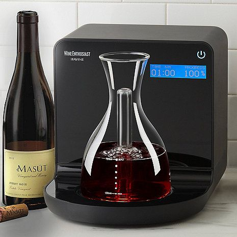 iSommelier Smart Decanter from Wine Enthusiast